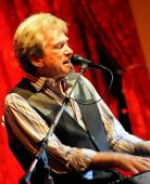 Bill Champlin Solo Show - Yoshi39s San Francisco - Jan 31stBill Champlin - Lead Vocals, Keys, GuitarTamara Champlin - VocalsBill and