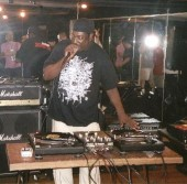 Photo of T LA ROCK OFFICIAL MYSPACE PAGE