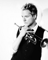 Photo of Chris Botti